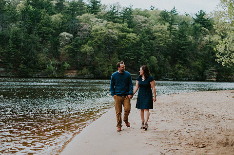 milwaukee-wisconsin-wedding-photographerdells-engagement-photos18
