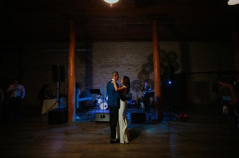 pritzlaff-building-milwaukee-wedding093